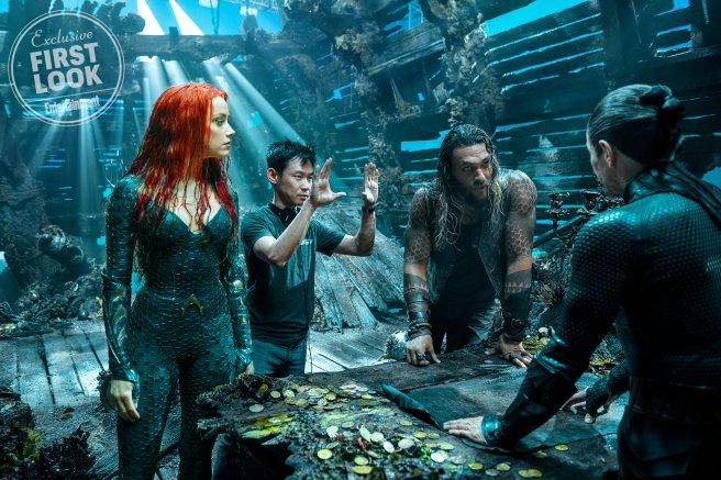 James Wan rendező is feltűnik a képen, aki Merát és Aquamant irányítja, miközben mentoruk Vulko is látható